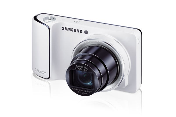 Samsung Galaxy Camera is the first smart camera on the market